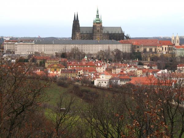 Пражский Град с холма Петршин