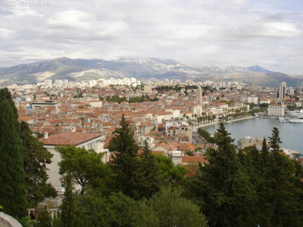 Вид на Сплит с горы Марьян