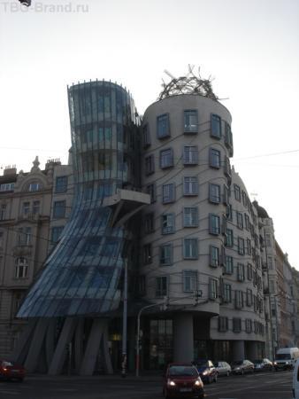 Танцующий дом