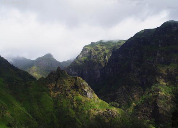 Каменные Горы