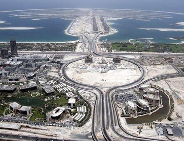 который увеличил площадь земель ОАЭ в полтора раза