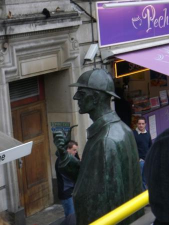 Шерлок Холмс - любимый русский сыщик