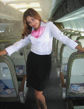 А по жизни я - стюардесса!