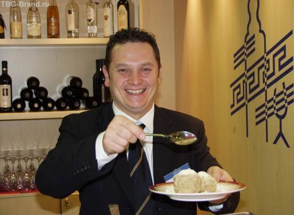 Кто же котлеты ложкой ест? Милан