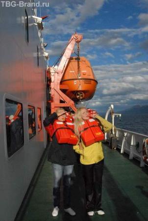 спасательные учения: самоего главное чтобы работал свисток!