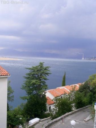 Вид из окна. Перед бурей