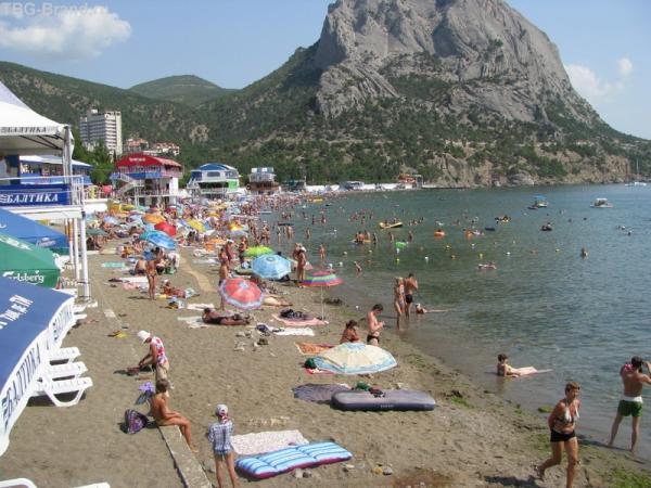 Пляж в Зеленой бухте
