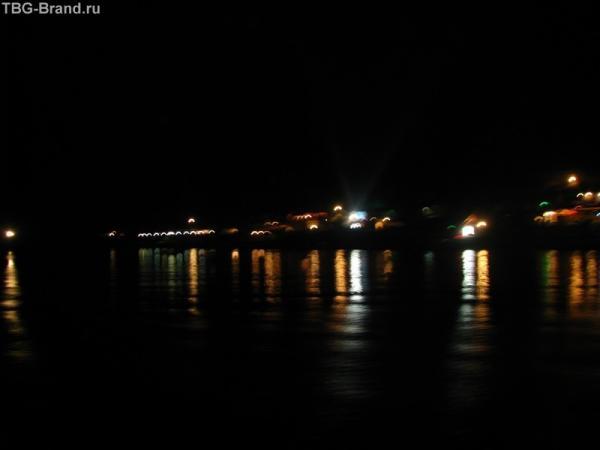 Набережная ночного Морского