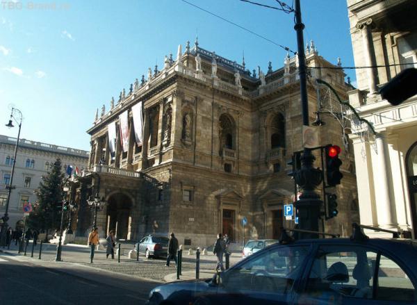 Театр в центре Будапешта