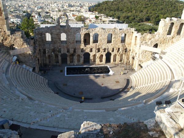 Этот древний театр в Афинах - ДЕЙСТВУЮЩИЙ