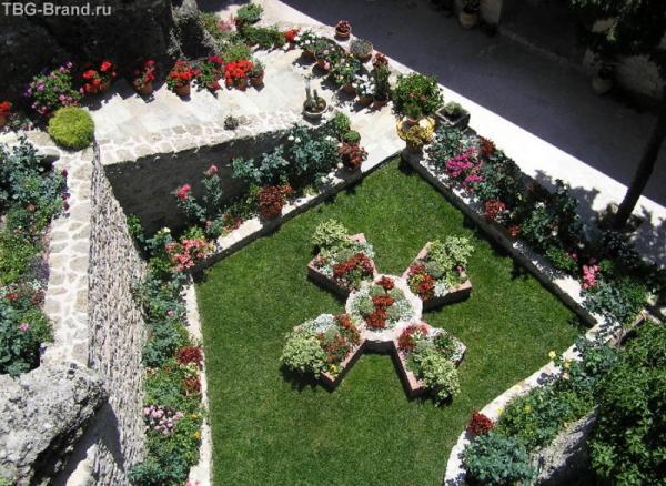 Сад Женского моныстыря(Метеоры)