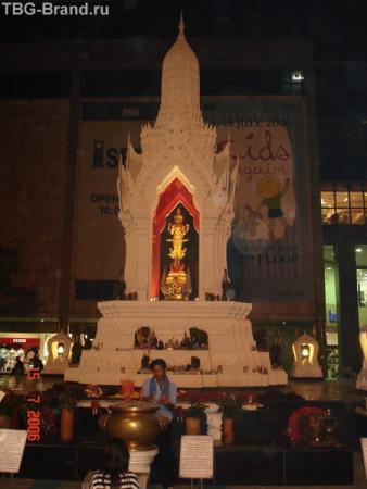 мини-храм на улице
