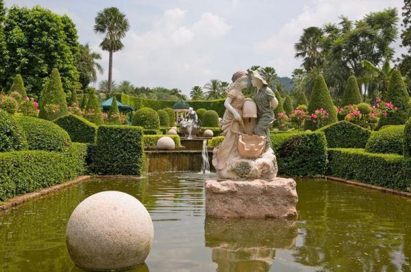 Версаль по-тайски