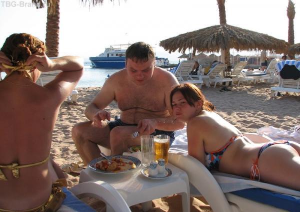 можно заказать ужин прямо на пляже
