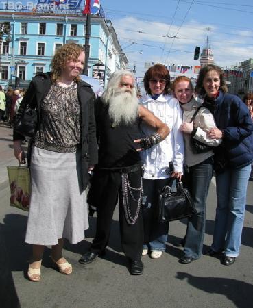 Главный Колбасер Питера - диДжей Вспышкин тоже пришел посмотреть и себя показать