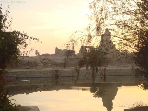 Священное озеро Карнака