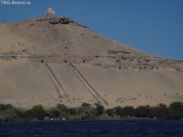 Нубийские гробницы