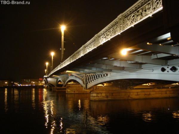 Мост на Васильевский