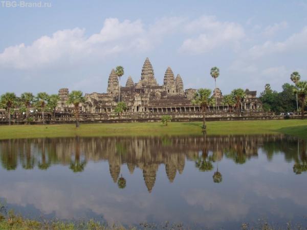 Ангкор Ват - вид сбоку