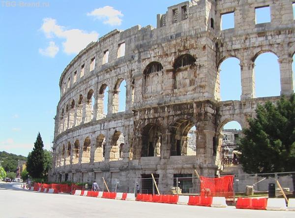 Колизей - почти как в Риме