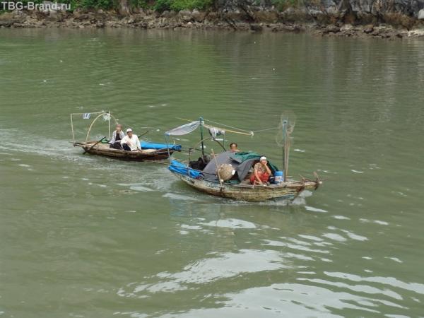 Жители рыбацкой деревни
