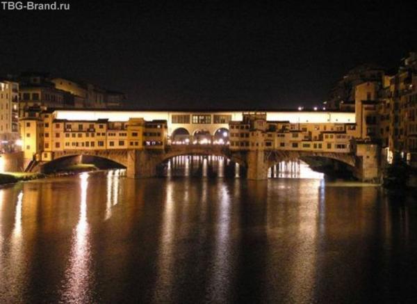 Флоренция. Золотой мостик ночью (мост Веккьо)