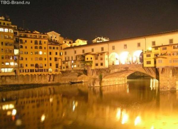 Флоренция. Золотой мостик ночью.