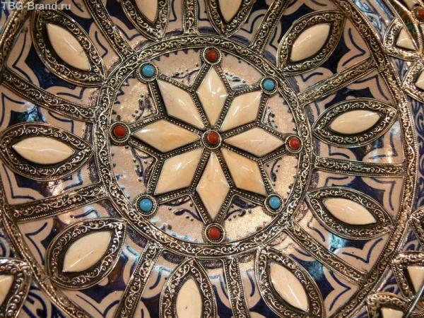 Каждый предмет - уникален, необычайно красив и хранит тепло рук мастера.