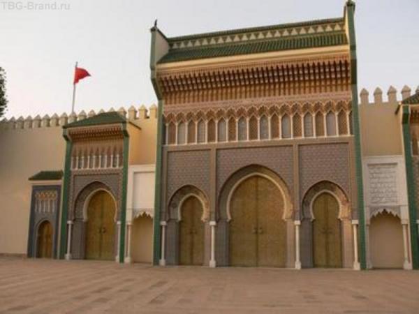 Ворота королевского дворца.