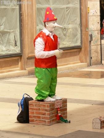 Тот самый Пиноккио.