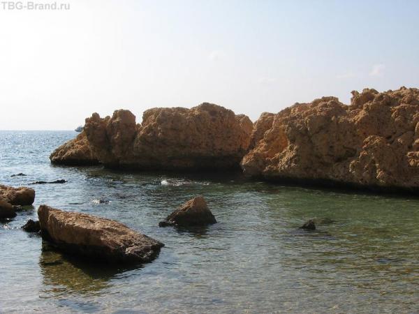 Камешки и море