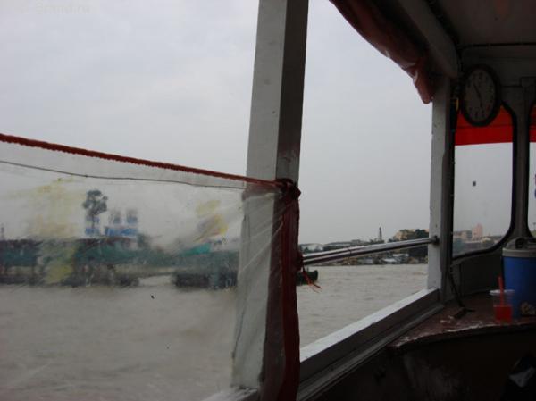 вид из окна лодки