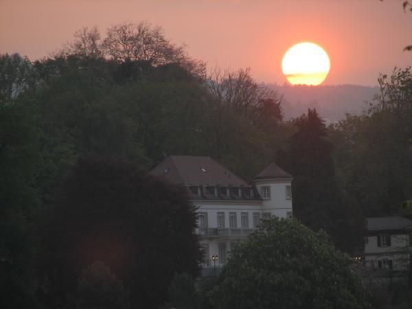Солнце встаёт на Лозанной