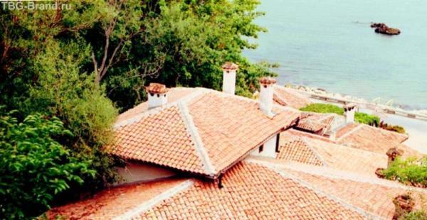 Крыши дворца Марии