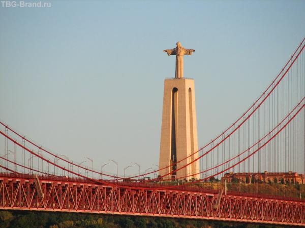 Христос над мостом