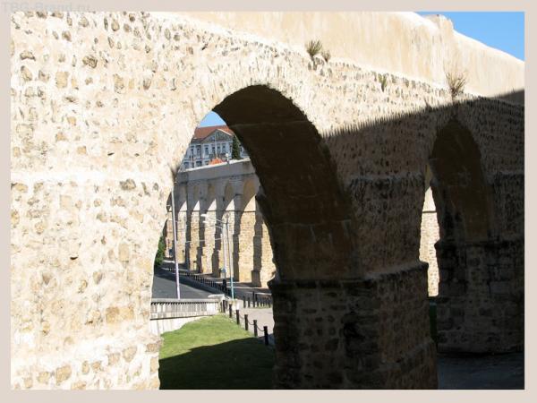 Старый акведук #1