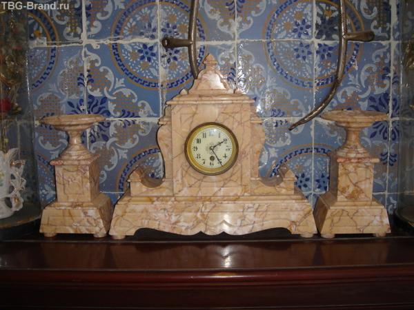 старинные часы ещё идут!