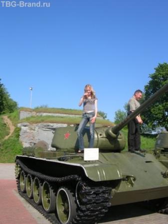 Брестская крепость, Т-34