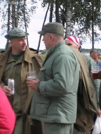 ополченцы? говорят, что в отличие от франзузских ополченцев, следовавших на войском, наши активно принимали участие в сражении