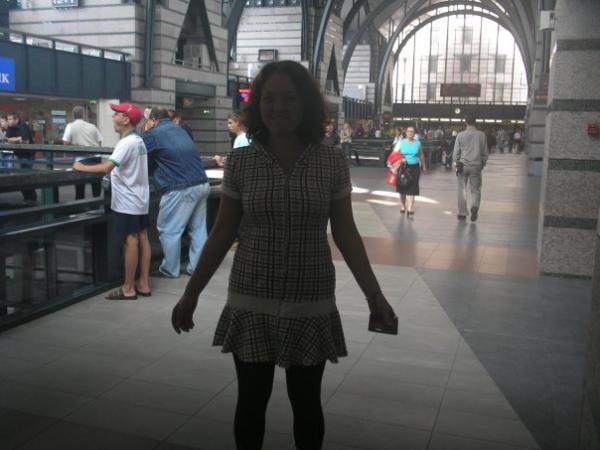 первый кадр- ладожский вокзал