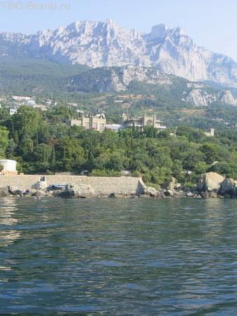Ай-Петри, Дворец и парк с моря