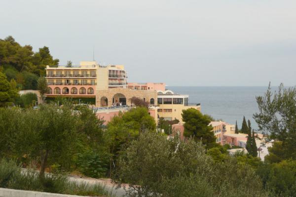 Отель на побережье Эгейского моря.