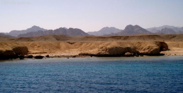Таким запомнится Южный берег Синайского полуострова. Море, песок и камни!