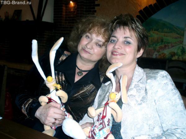 Кристи с Ирмой - Вовчиковладелицы