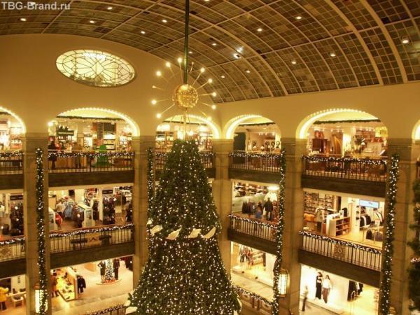 Торговый центр в Швеции перед Рождеством. Распродажи ждут!