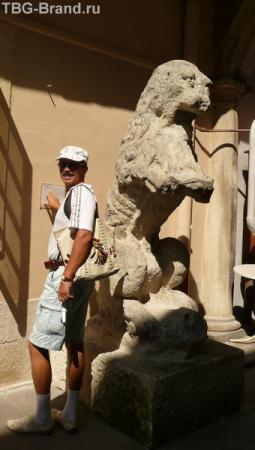 Самый старый лев города - лев Лоренцовича. Ему уже 500 лет!!!