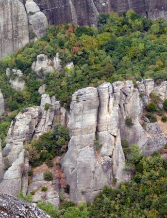 Уникальные горы - здесь не только молятся, но и занимаются альпинизмом!