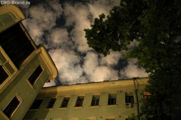 Б. Садовая дом 10. 2 часа ночи