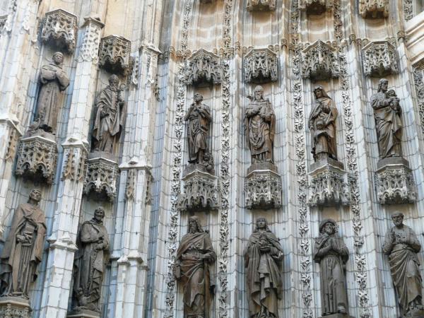 Фасад главного собора Севильи