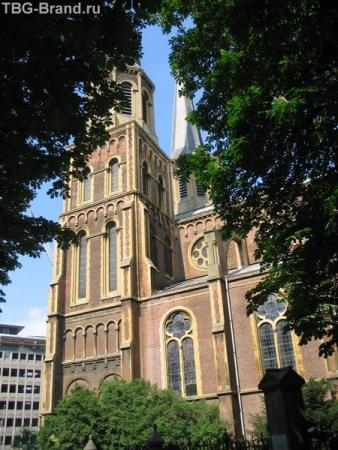 Русская христианская церковь в Бельгии. Не привычно было видеть название по-русски)
